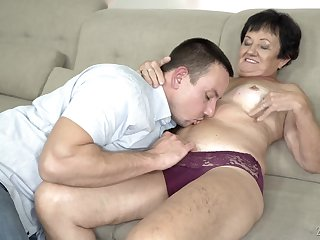 Mature quick haired granny Hettie gets her mouth filled with cum