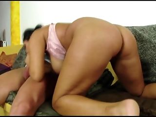 Raven haired cougar takes deep slit smashing on the bed best sex