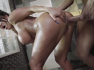 Gorgeous mom roughly fucked in make an issue of shower by horny step little one