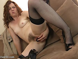 hotness mother I´d like to fuck lady plays with her hairy coochie - toys