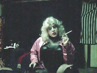 Vintage MzRoxy Pink PVC 164 Smoking Tease