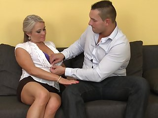 Couch fucking with experienced Lexa who loves a good shag