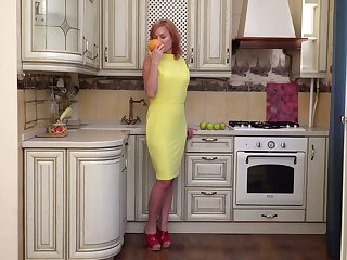 Mature woman Silvia is finger fucking her closeup pinkish hole in the kitchen