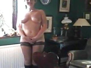 UK Sara - Presenting ... Victorian Sara