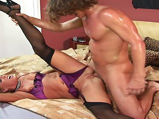 Smoking Arousing Mature Bitch Chelsea Zinn In H - chelsea zinn
