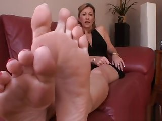 Show these Mature Soles some respect!