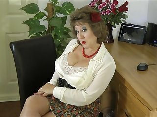 Stockingsbabexxx E085 New red heels - self-gratification