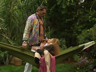 Curly haired redhead in stunning outdoor fuck scenes