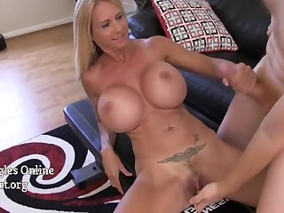 Big Titted Housewife With Big Jugs Brooke Tyler jerking off and sucking on cock