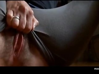 Ordinary girl Zoey rubs huge swollen clit, fingering pussy with 3 fingers