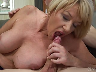 Housewife Amy Seduced By The Boy Next Door