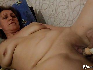 Aunt receives fellatio pleasures before she's copulated