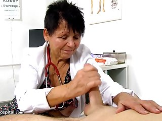 Czech granny is still working as a doctor and using every opportunity to play with hard dicks