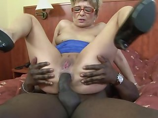 Dirty mature blonde Jessey drops on her knees for a black dick