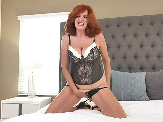 Andi James fingered her wet cunt and reached the most intense orgasm