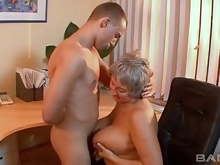 Amateur video of a mature slut having sex with her younger lover