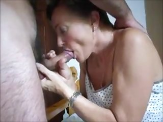 Mature lady blowjob handjob and cum in mouth