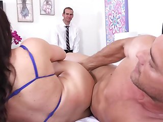 Fat booty wife enjoys sex forwards of their way hubby