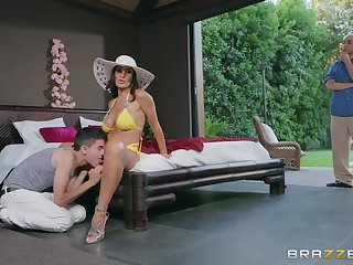 Lovely busty Lisa Ann is being screwed by young Jordi's schlonger