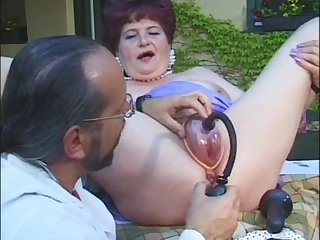 Kinky doctor wants to examine a horny mature woman's cunt