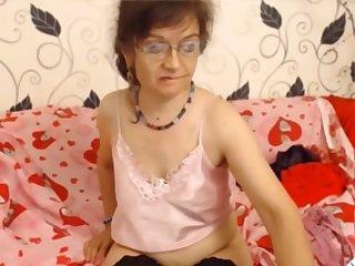 Mature with glasses on cam masturbating 1