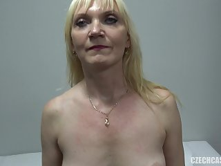 Mature Blond Hair Babe Had Sex At Casting - amateur porn