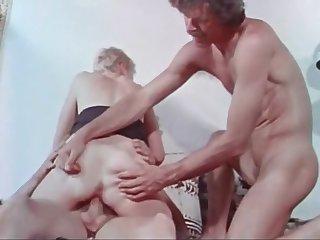 Retro Aunt Peg 70s Classic