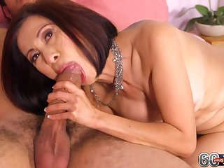 Horny Asian MILF mom Kim Anh in old and young sex session with cumshot