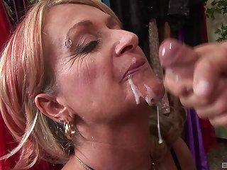 mature blonde Sophie craving for hard penis deep inside her pussy