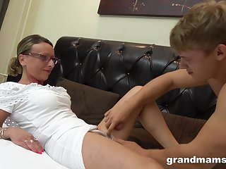Sexy lady puts a finger on her clit during a sex for the best cum