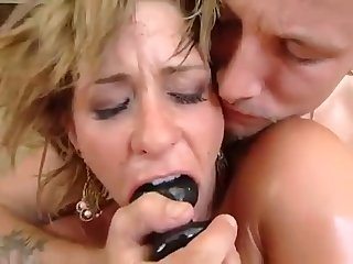 A brutal having sex with a blond mature