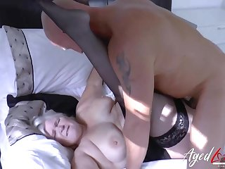 Mature granny in stockings gets fucked in her slick cunt