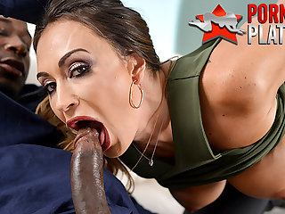 Claudia Valentine fucks the bounty hunters BIG BLACK PENIS
