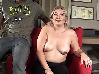 chubby GILF Tatianna has fun with black guy