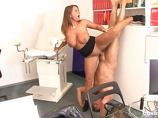 Amateur mom loves to fuck in weird positions