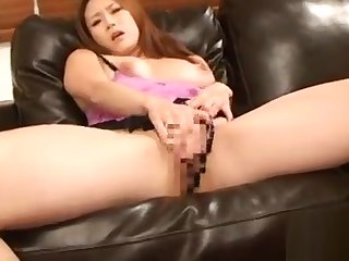 Older babe plays with water