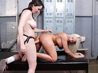 Mature lesbian anal fucked and fisted