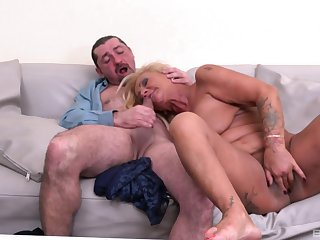 Mature loads pussy and mouth with a strong dong