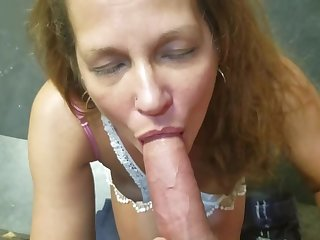 Friends Slutty Mom gives me Awsome Blowjob!