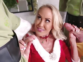 Brandi Love hot Xmas FMM sex video